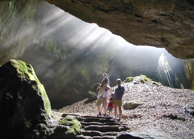 Einhornhöhle / Blaue Grotte