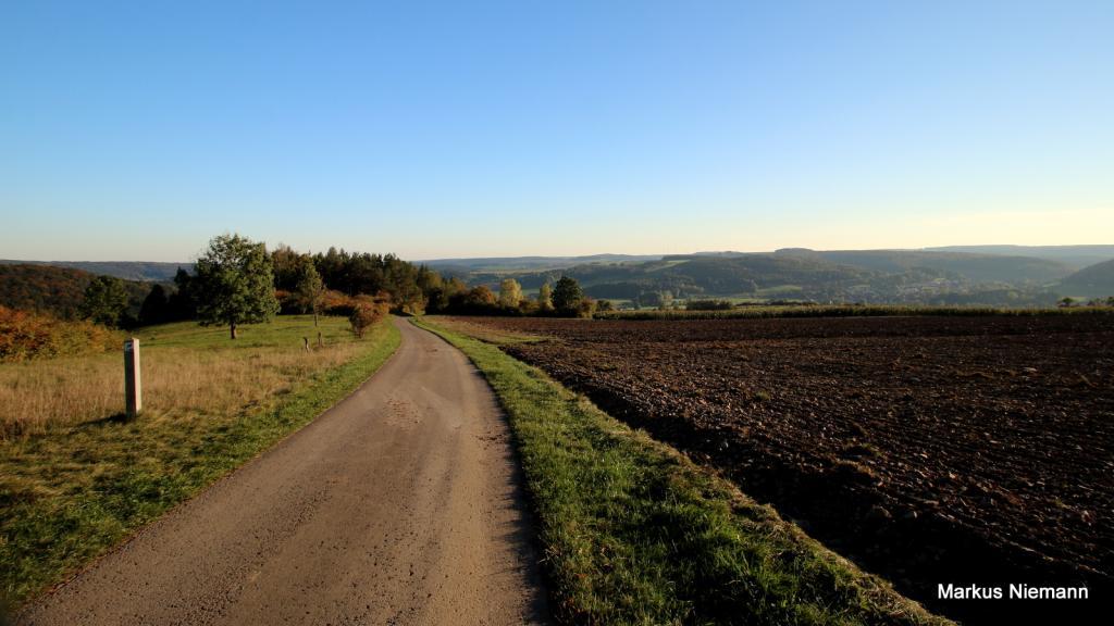 Weserhöhen_Blick_zurück_auf_Bruchhausen