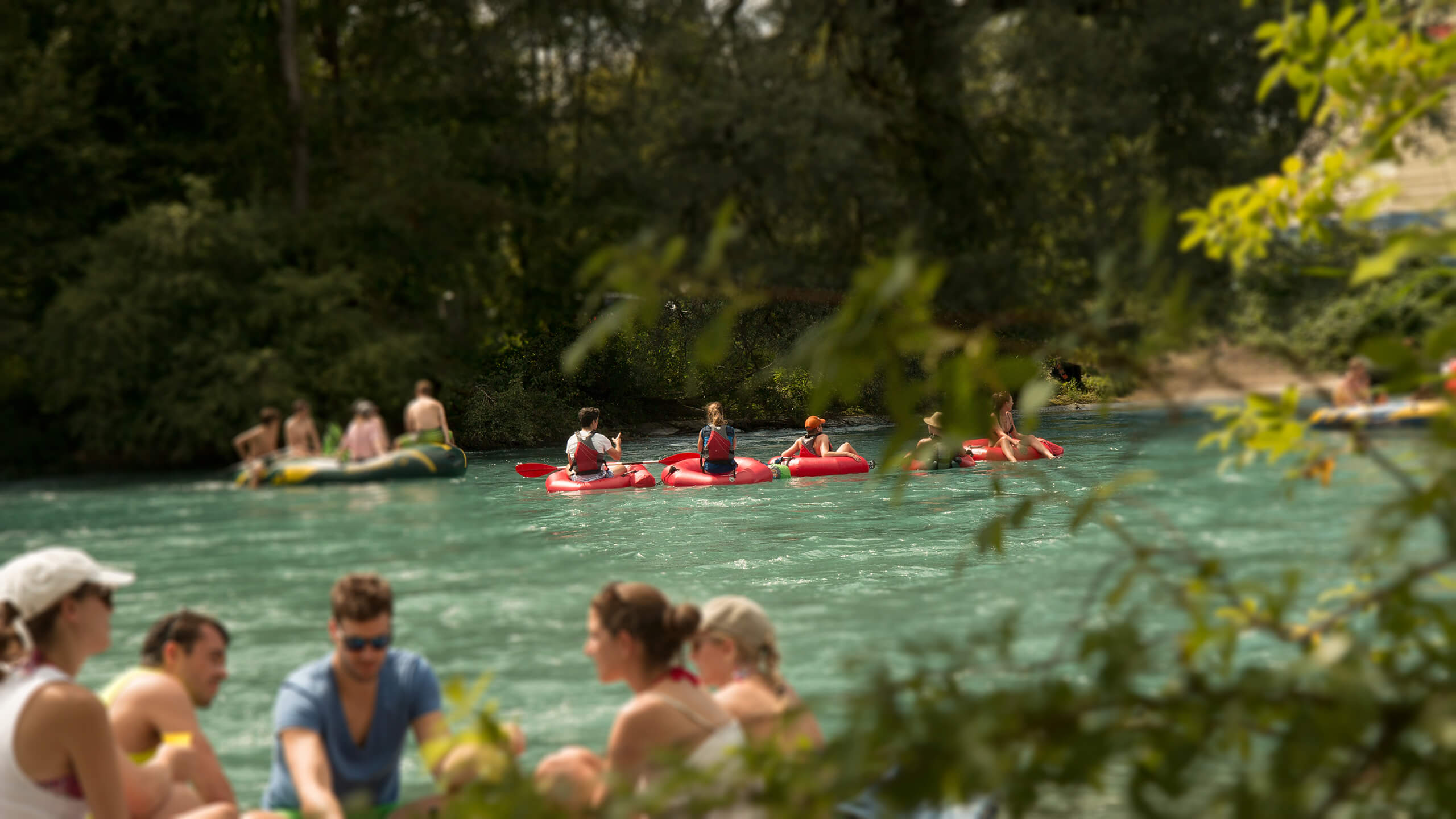 thun-aare-sommer-tubes