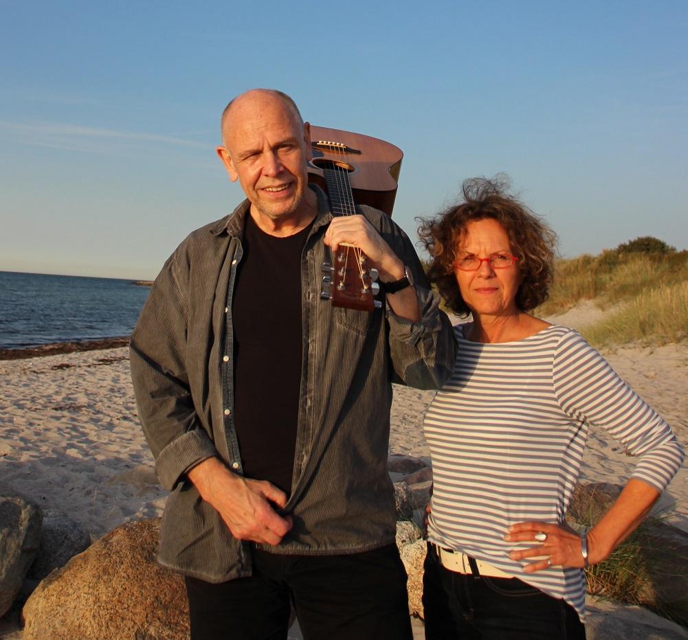 """Liederabend mit dem Duo """"Ziemlich Anders"""":"""