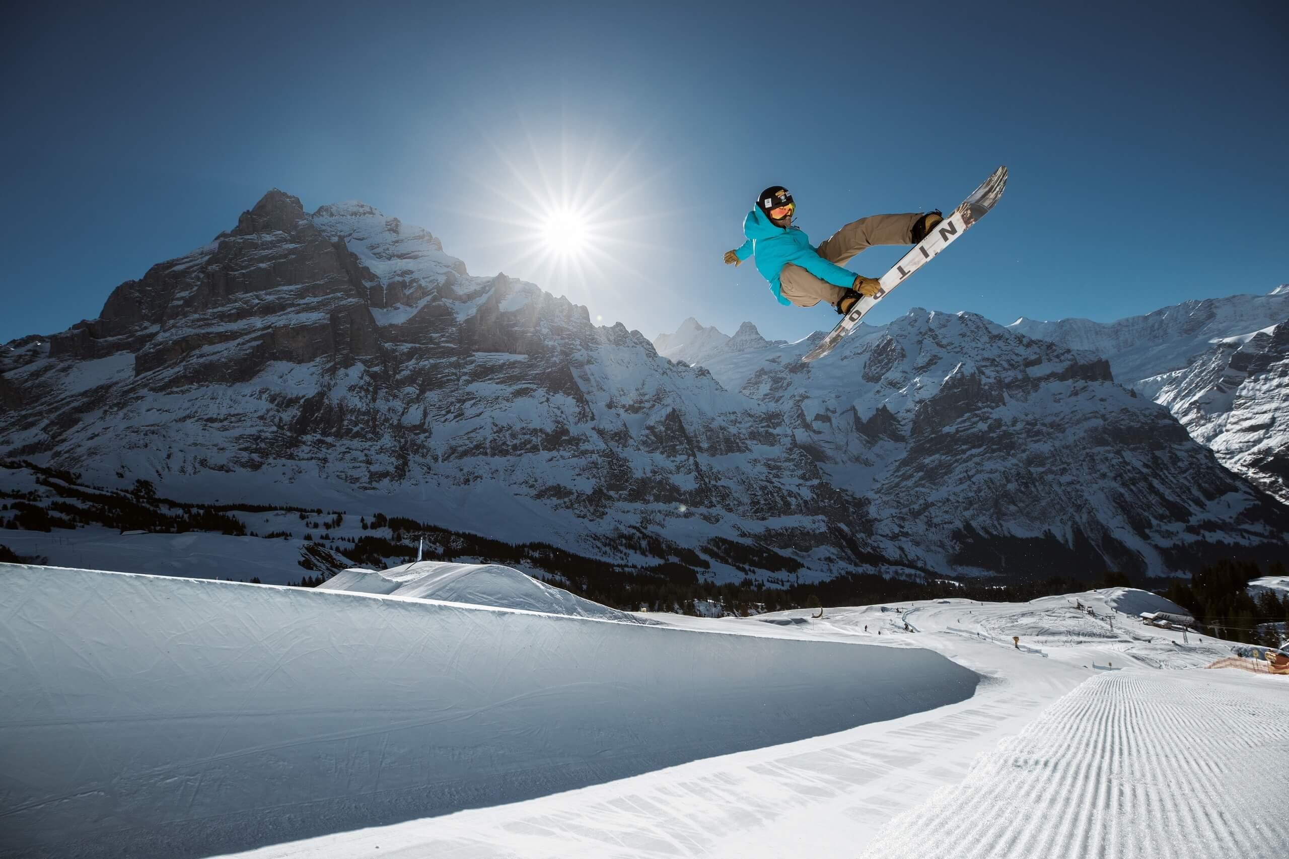 grindelwald-first-winter-snowpark-halfpipe-gian-simmen